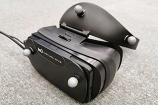 高精細VRヘッドマウントディスプレイ